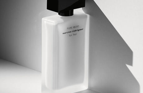 Пудровый мускус в аромате Pure Musc For Her Narciso Rodriguez